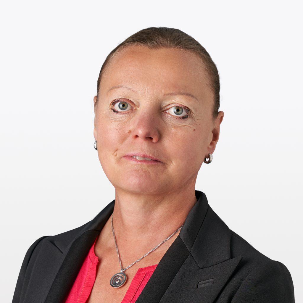 Annemarie Arens headshot